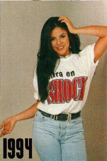 Shakira: 1977-2012 μέσα από φωτογραφίες (9)