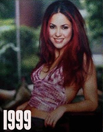 Shakira: 1977-2012 μέσα από φωτογραφίες (14)