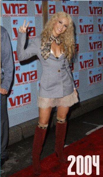 Shakira: 1977-2012 μέσα από φωτογραφίες (19)