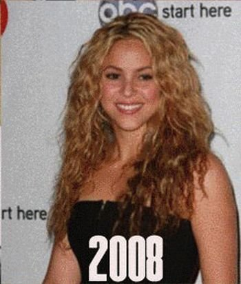 Shakira: 1977-2012 μέσα από φωτογραφίες (23)