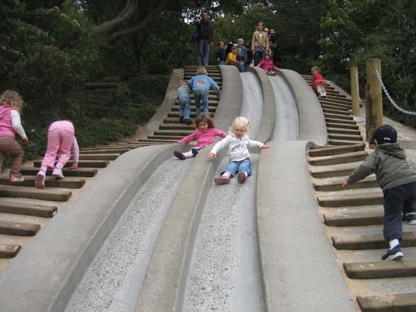 10 σκάλες με τσουλήθρες (2)