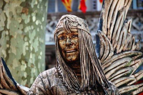 Ζωντανά αγάλματα που θα σας ξεγελάσουν (9)