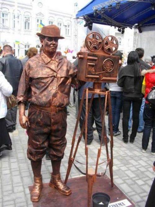Ζωντανά αγάλματα που θα σας ξεγελάσουν (12)