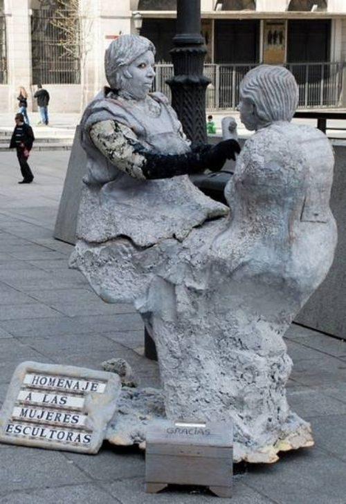 Ζωντανά αγάλματα που θα σας ξεγελάσουν (25)