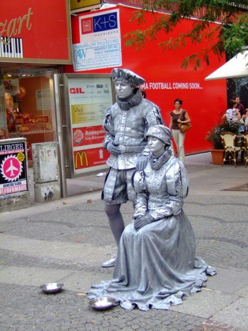 Ζωντανά αγάλματα που θα σας ξεγελάσουν (32)