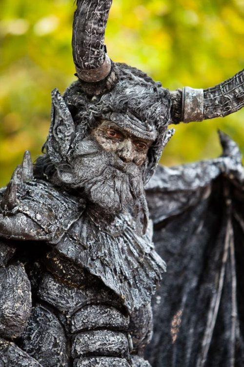 Ζωντανά αγάλματα που θα σας ξεγελάσουν (40)
