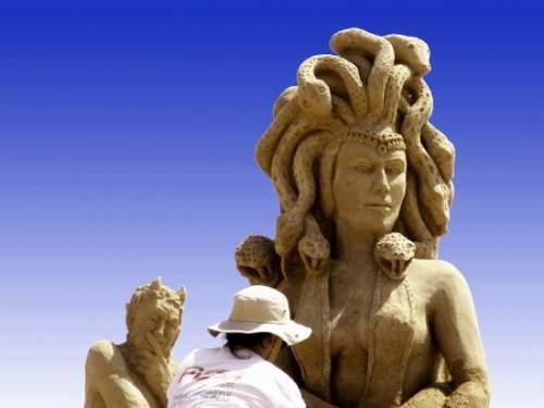 25 εκπληκτικές δημιουργίες στην άμμο (15)