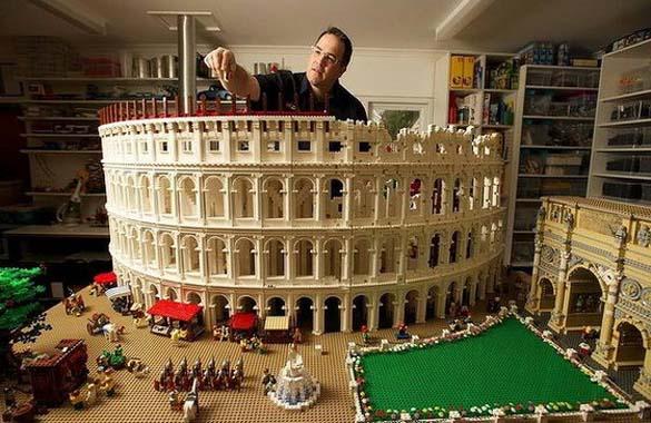 Εκπληκτική ρέπλικα του Κολοσσαίου από Lego (1)