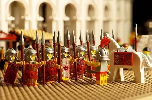 Εκπληκτική ρέπλικα του Κολοσσαίου από Lego (3)