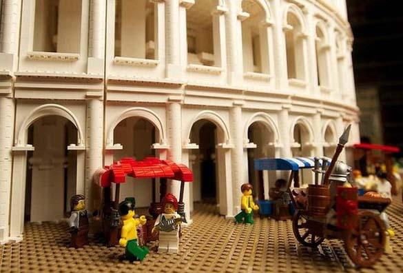 Εκπληκτική ρέπλικα του Κολοσσαίου από Lego (9)