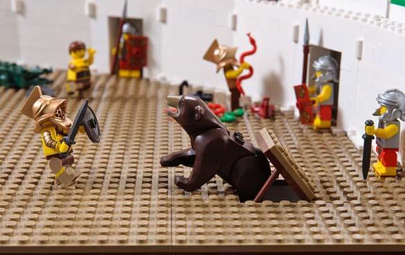 Εκπληκτική ρέπλικα του Κολοσσαίου από Lego (12)