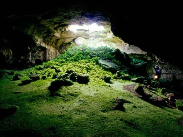 Εξωπραγματικά σπήλαια απ' όλο τον κόσμο (3)