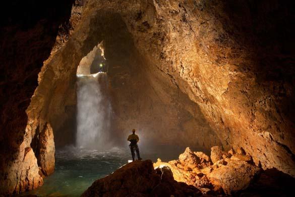 Εξωπραγματικά σπήλαια απ' όλο τον κόσμο (5)