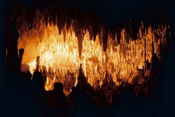 Εξωπραγματικά σπήλαια απ' όλο τον κόσμο (7)