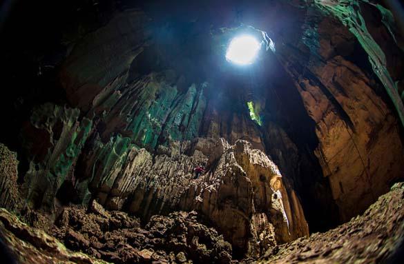 Εξωπραγματικά σπήλαια απ' όλο τον κόσμο (17)