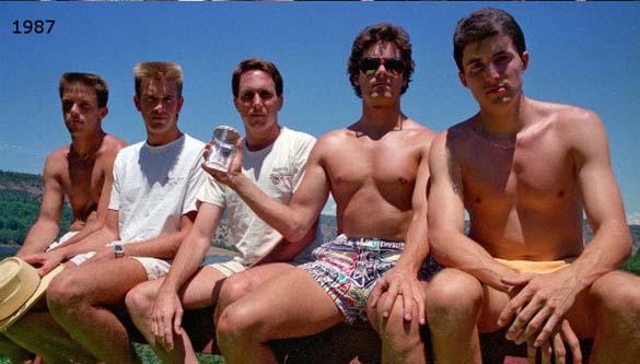 Φίλοι βγάζουν την ίδια φωτογραφία κάθε 5 χρόνια από το 1982 (2)