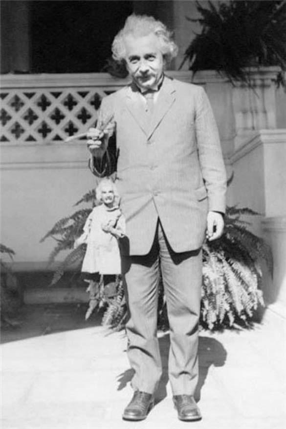 Φωτογραφίες του Albert Einstein όπως δεν τον έχουμε συνηθίσει (8)