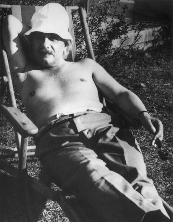 Φωτογραφίες του Albert Einstein όπως δεν τον έχουμε συνηθίσει (18)