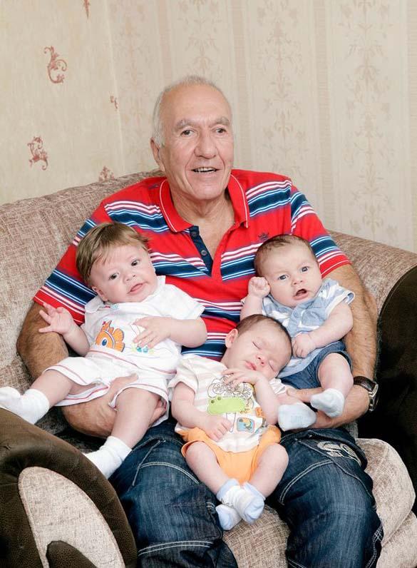 Γεννήθηκαν 3 γενιές μέσα σε 3 μήνες (1)