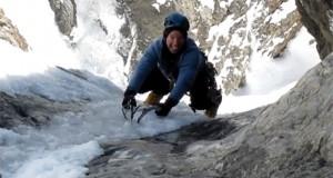 Ένας ορειβάτης πολύ τυχερός που ζει