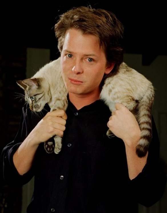 Παράξενα πορτραίτα διασήμων με γάτες (6)