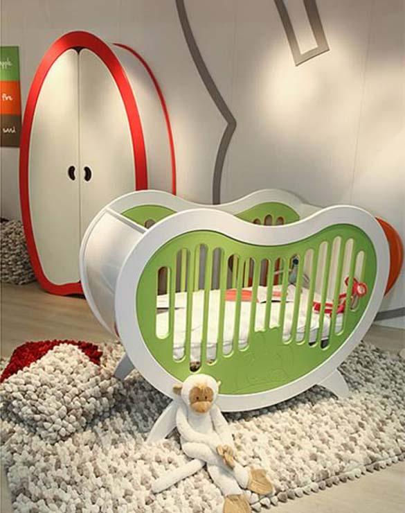 Παράξενες και εντυπωσιακές κούνιες για μωρά (12)