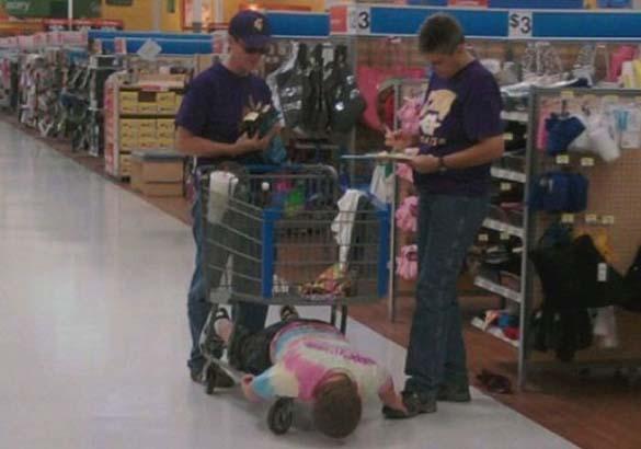 Παράξενες στιγμές στο Supermarket (18)