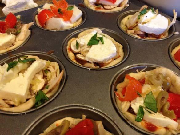 Πως να φτιάξετε Pizza Cupcakes (3)
