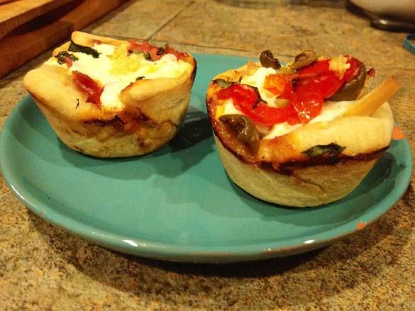 Πως να φτιάξετε Pizza Cupcakes (6)