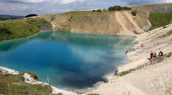 Μια επικίνδυνη λίμνη στην Αγγλία (3)
