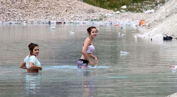 Μια επικίνδυνη λίμνη στην Αγγλία (4)