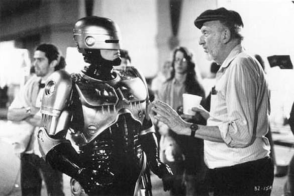 Σπάνιες φωτογραφίες από τα γυρίσματα του RoboCop (3)