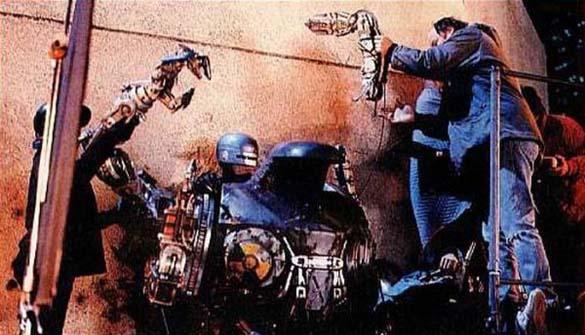 Σπάνιες φωτογραφίες από τα γυρίσματα του RoboCop (7)