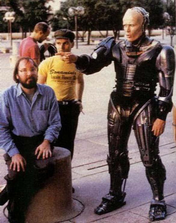 Σπάνιες φωτογραφίες από τα γυρίσματα του RoboCop (9)
