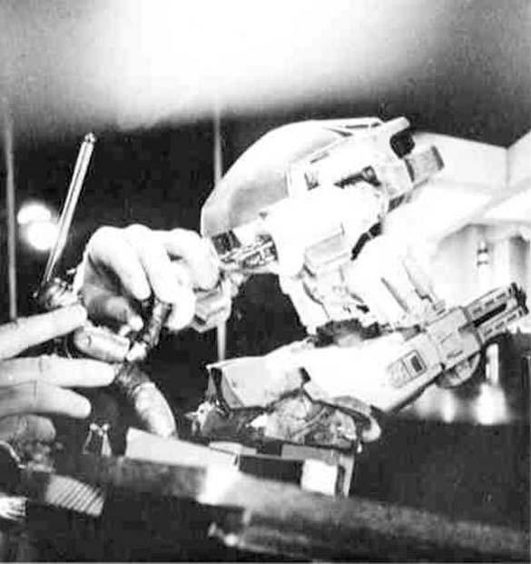 Σπάνιες φωτογραφίες από τα γυρίσματα του RoboCop (11)