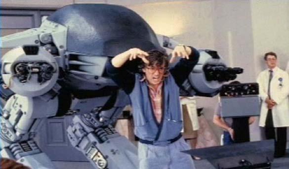 Σπάνιες φωτογραφίες από τα γυρίσματα του RoboCop (21)