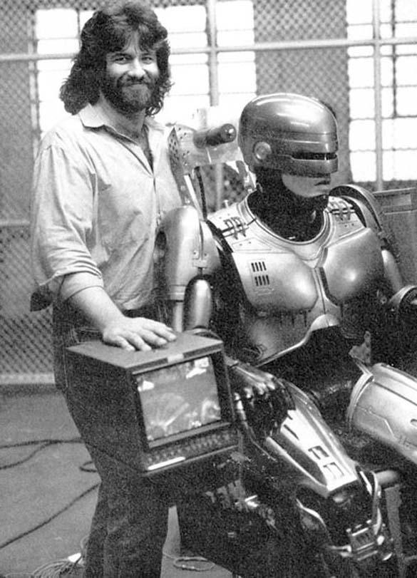 Σπάνιες φωτογραφίες από τα γυρίσματα του RoboCop (36)