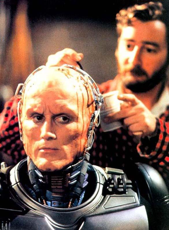 Σπάνιες φωτογραφίες από τα γυρίσματα του RoboCop (43)