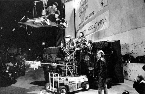 Σπάνιες φωτογραφίες από τα γυρίσματα του RoboCop (47)