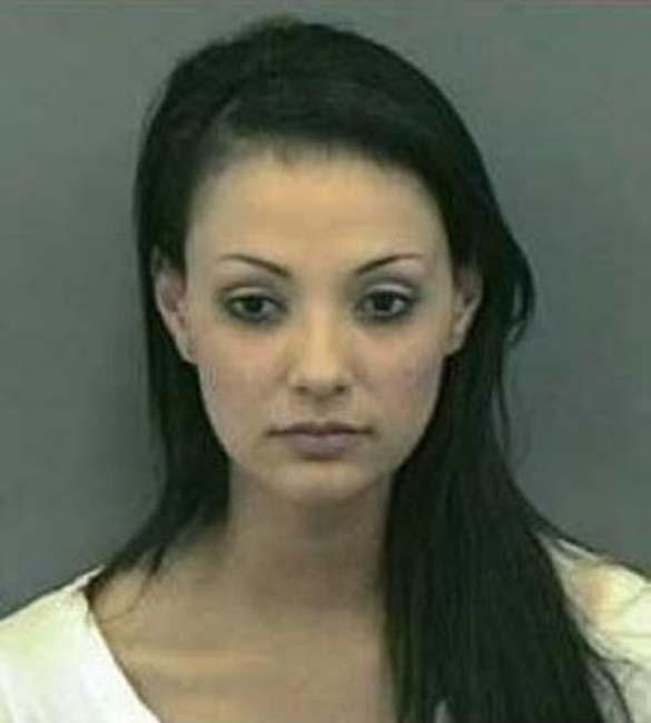 Φωτογραφίες συλληφθέντων: Όμορφες και επικίνδυνες (6)