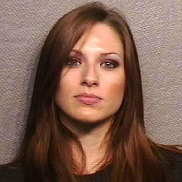 Φωτογραφίες συλληφθέντων: Όμορφες και επικίνδυνες (10)