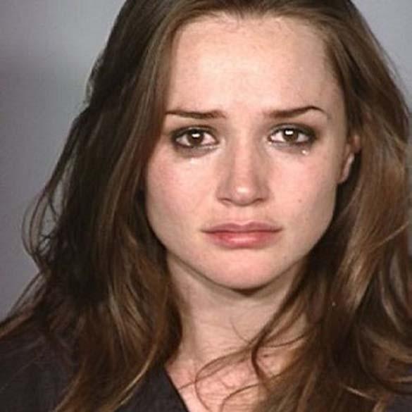 Φωτογραφίες συλληφθέντων: Όμορφες και επικίνδυνες (11)