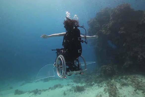 Κατάδυση με αναπηρικό καροτσάκι (1)
