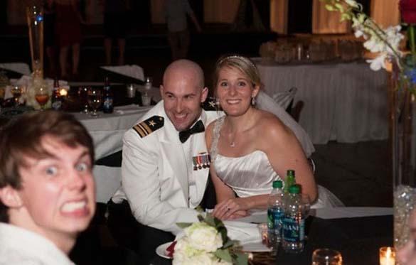 Καταστροφικές εισβολές σε γαμήλιες φωτογραφίες (6)