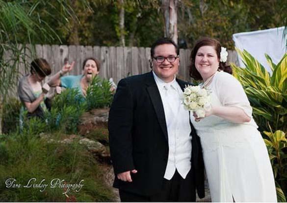 Καταστροφικές εισβολές σε γαμήλιες φωτογραφίες (10)