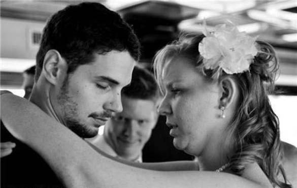 Καταστροφικές εισβολές σε γαμήλιες φωτογραφίες (21)