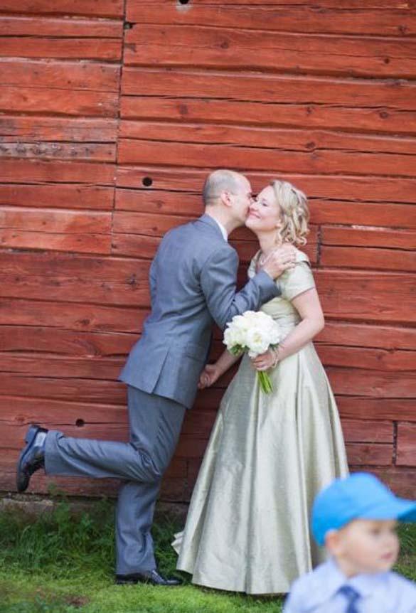 Καταστροφικές εισβολές σε γαμήλιες φωτογραφίες (25)