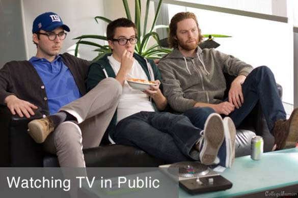 Καθημερινές δραστηριότητες: Πως το κάνεις δημόσια και πως όταν δεν σε βλέπουν (1)