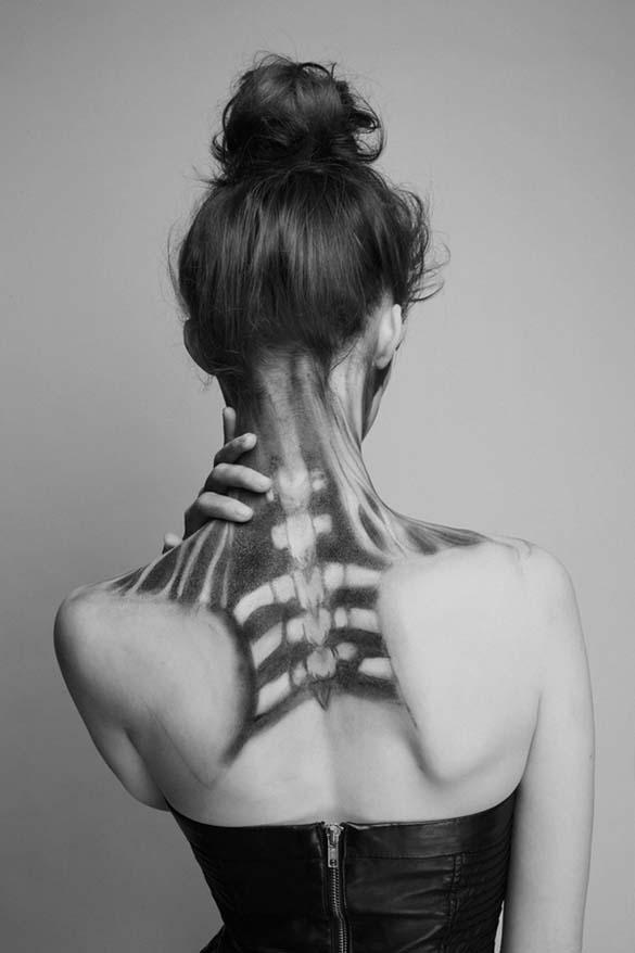 Το κορίτσι - σκελετός (6)