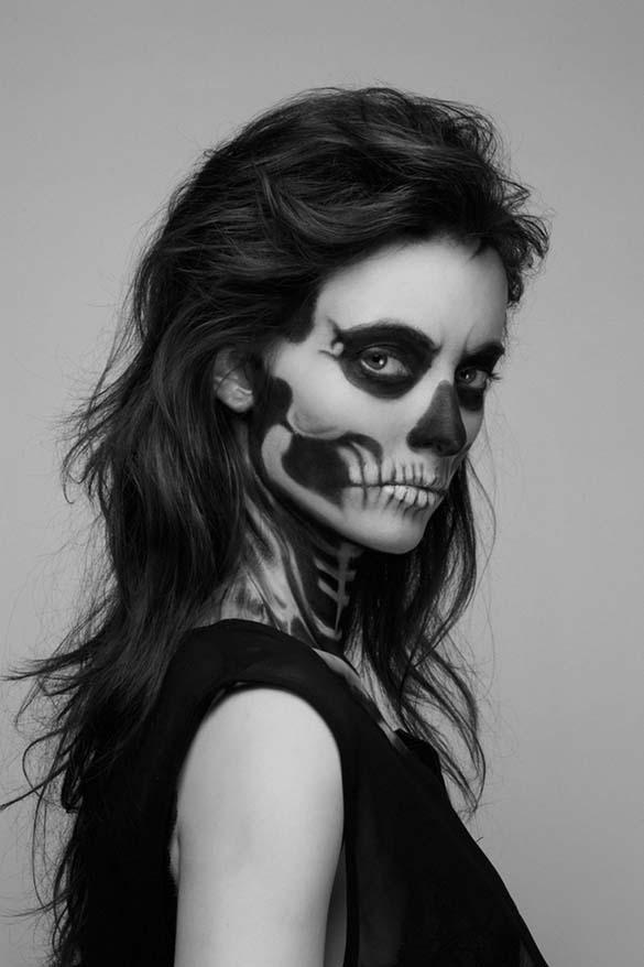 Το κορίτσι - σκελετός (7)